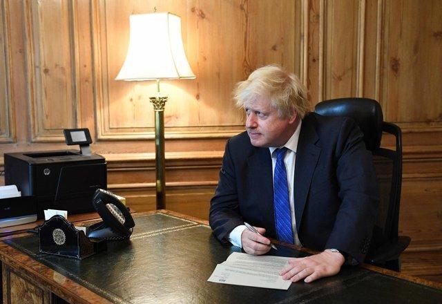 پیش بینی بوریس جانسوس از پیروزی اتحادیه اروپا در مذاکرات بریگزیت