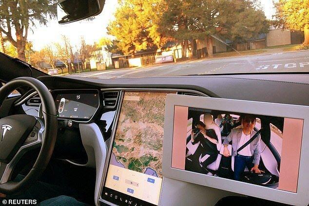 امکان آنالیز حرکات راننده در خودرو با هوش مصنوعی