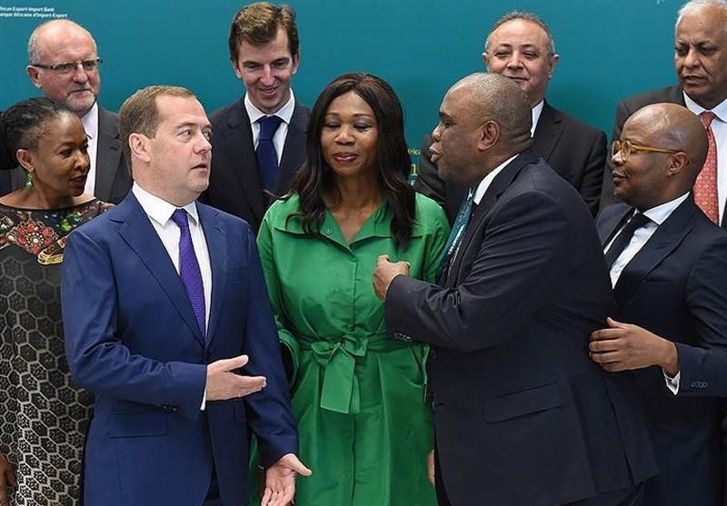 نخست وزیر روسیه: جنگ تجاری عامل بی ثباتی کنونی در دنیا است