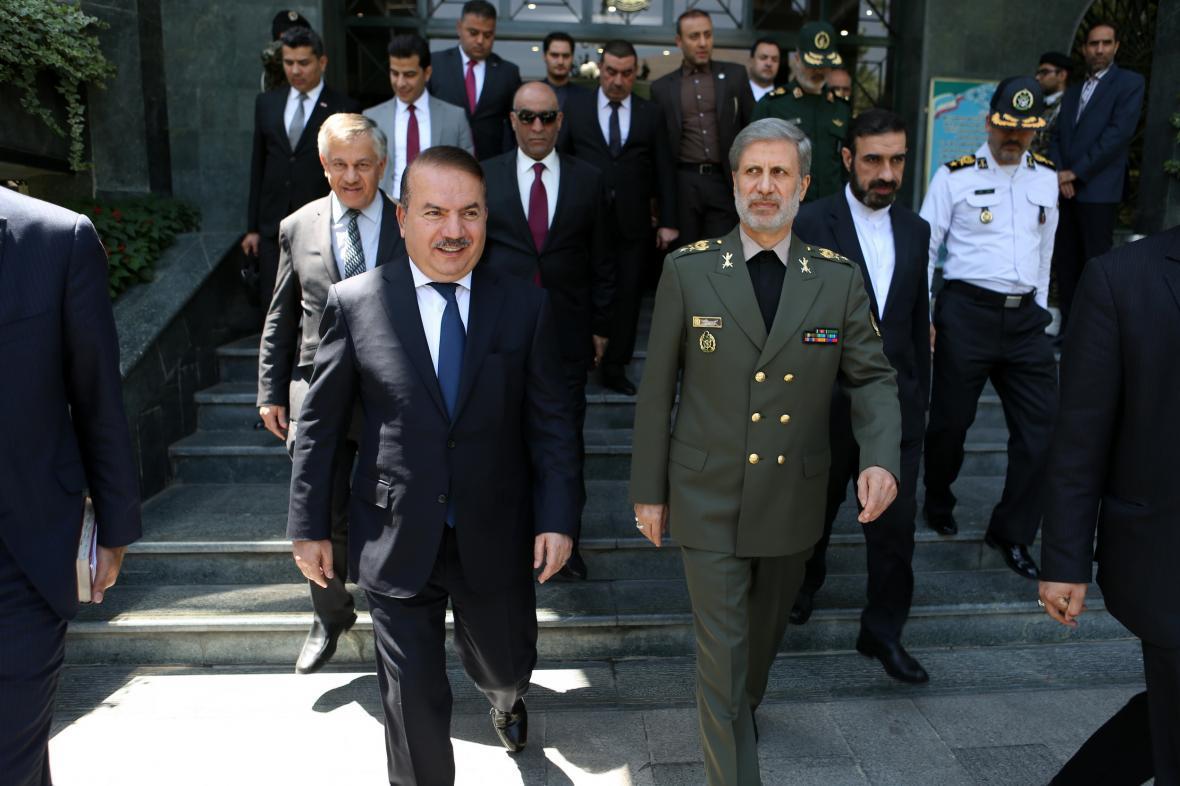 تقویت بنیه دفاعی عراق از راهبرد های اصلی ایران است، ثبات عراق در امتداد امنیت ما واقع شده است