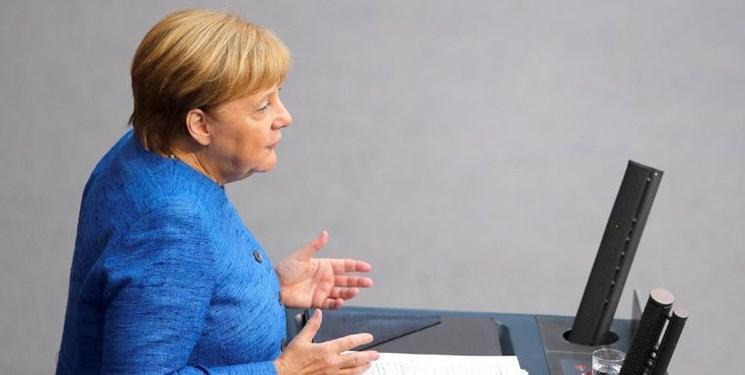 مرکل: با ایران درخصوص کاهش تنش در منطقه همکاری می کنیم