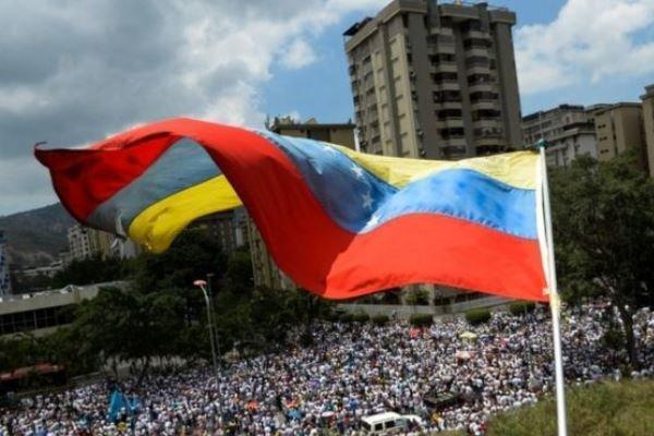 کانادا 14 مقام ونزوئلایی را تحریم کرد