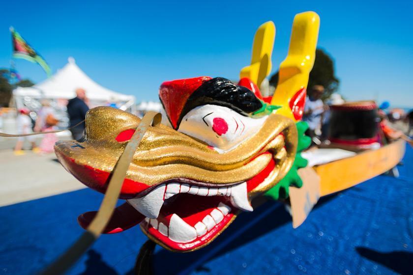 اندونزی برنده مسابقات قایقرانی با اژدها شد!