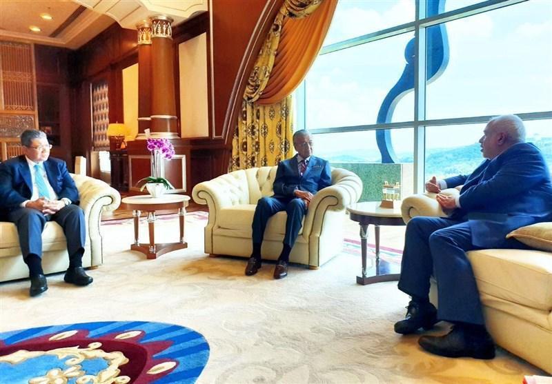 دیدار ظریف با نخست وزیر مالزی