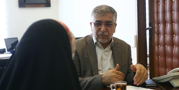 طیبی: بسیار امیدوار به درمان سرطان هستیم، ایران جزء 10 کشور دارنده دانش سلول درمانی