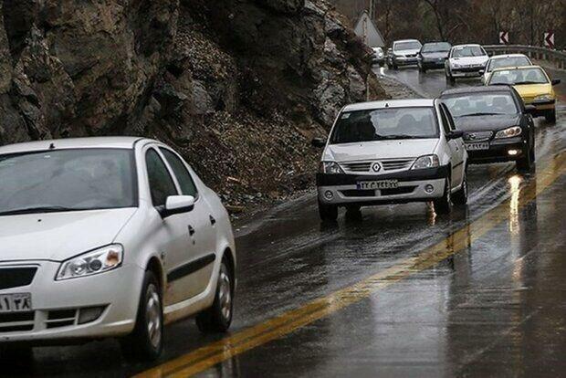 ترافیک سنگین و نیمه سنگین در محور کرج - چالوس