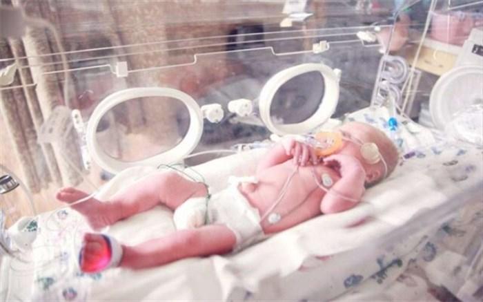 تنها نوزاد بوشهری که 99، 9، 9 به دنیا آمد!