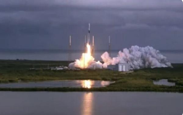 اسپیس ایکس 143 ماهواره به مدار زمین برد