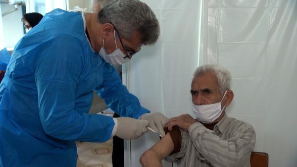 تزریق 3 میلیون و 637 هزار دُز واکسن کرونا