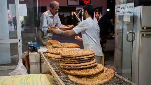 درخواست نانوایان برای افزایش 100 درصدی قیمت نان